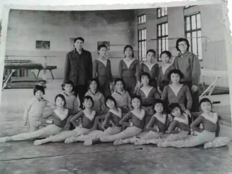 四十年前的湖南宁乡县少年业余体操队,有你认识的吗?插图(11)