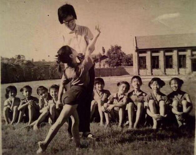 四十年前的湖南宁乡县少年业余体操队,有你认识的吗?插图(17)