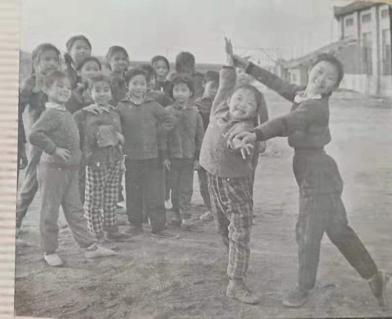 四十年前的湖南宁乡县少年业余体操队,有你认识的吗?插图(18)